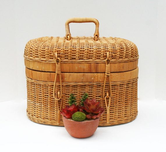 Oval Shaped Woven Wicker Basket with Lid and Handles