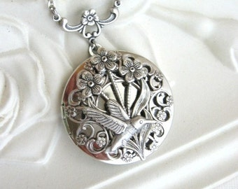 SALE Hummingbird Necklace, Hummingbird Jewelry, Locket Necklace, Hummingbird Locket, Nature Jewelry, Keepsake, Bird Necklace, Wedding