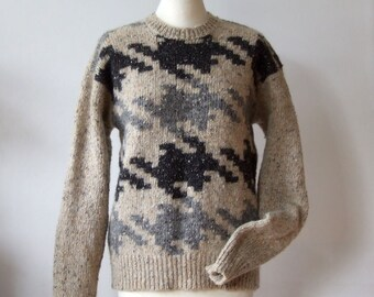 Vintage hand knitted sweater Liz Claiborne, houndstooth sweater, beige grey black wool sweater, woodland wool felted sweater