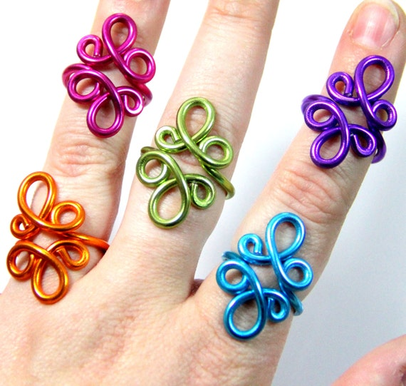Loop De Loop Adjustable Ring