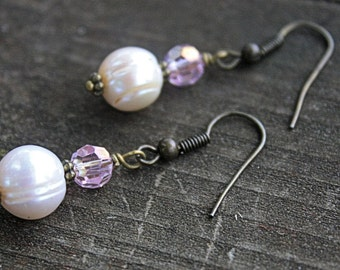 Pink and Pearl Brass Earrings // Jewelry // Bridal Jewelry // Bridesmaids Earrings // Brass Earrrings // Gifts Under 15 // Pearl Earrings