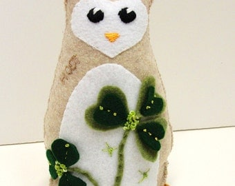 Sale- St. Patrick's Day owl- stuffed felt owl- 8 inch  lucky HOOT owl in heathered oatmeal with  shamrocks