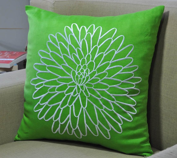 Modern Floral Pillow : Green Pillow Cover Embroidered Pillow DecorativeThrow by KainKain