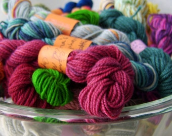 Purple Muddy Rainbow - Mini Skeins Fingering Sock Yarn Kit - Mini Mania (10)