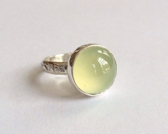 Sterling silver and phrenite ring