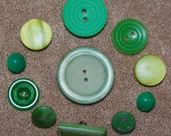 Vintage Lot of 11 Art Deco Extra Fancy Mixed Style Lime and Chartreuse Green Buttons P1L