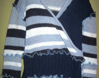 Pullover Blue and Striped Girls Sweater Size 6 7