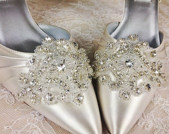 Bridal Shoe Clip, Crystal Shoe Clip, Rhinestone Shoe Clip, Embellishment for Bridal Shoes, Wedding Shoe Clips