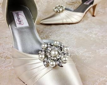 Bridal Shoe Clip, Crystal Shoe Clip, Rhinestone Shoe Clip, Embellishment for Bridal Shoes, Wedding Shoe Clips