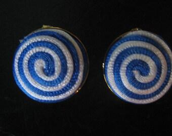 Vintage 50s 60s BLUE SWIRL Earrings 1950s Clip
