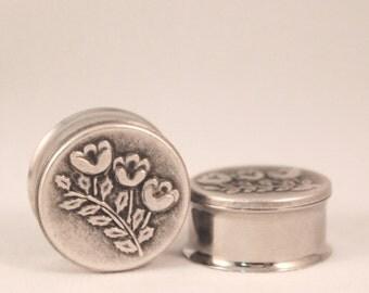 "Beautiful Silver Flower Plugs 3/4"" 7/8"" 19mm 22mm"