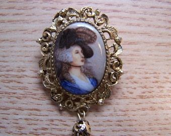 Brooch or pendant