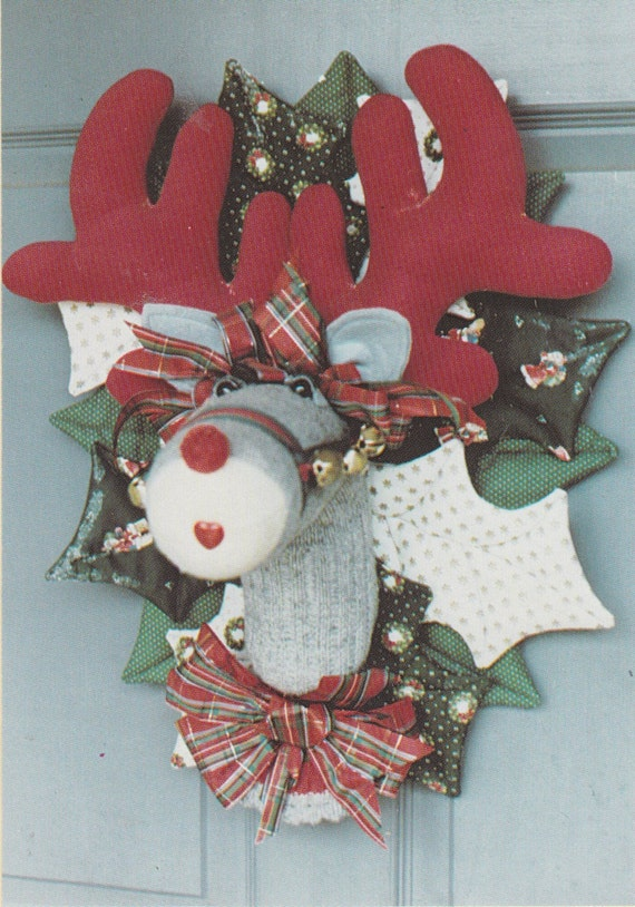 Rudy Reindeer Soft Sculpture Christmas Wall Hanging Vintage