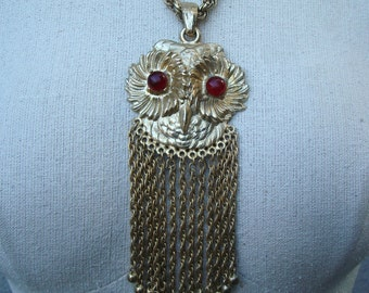 Vintage Owl Necklace 1970s Gold tone with red eyes huge