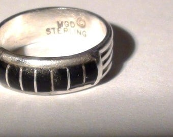 Zuni band ring signed MGD Onyx Inlaid   Sterling Silver   Size 7 1/2 Indian Southwest Art Jewelry