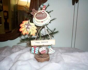 3~Ornaments~XMAS-Hot Chocolate~autumn-Leaves~Acorns~Happy birthday~Gift-Cake-Party Hat~