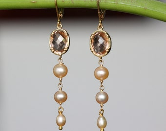Champagne Peach Pearls, Elegant Gold Earrings, Spring Easter Trend, Bridal Earrings, Summer Weddings, Birthday Gift for Wife, Mothers Day