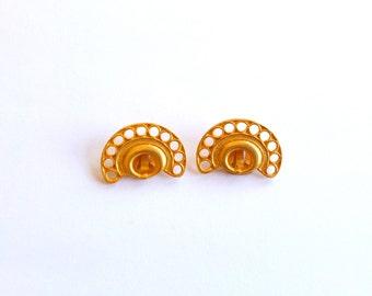 vintage earrings clip on gold tone elegant jewelry