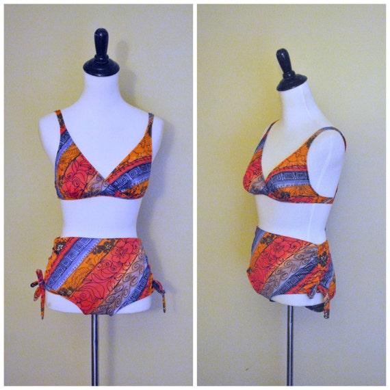 articles similaires maillot de bain des ann es 60 deux taille haute pi ce bikini par sirena. Black Bedroom Furniture Sets. Home Design Ideas