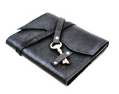 Black Leather Journal with Antique Skeleton Key - Refillable, Steampunk, Handmade
