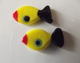 2 PCS Yellow, Black,Red and Blue Fish 24mmx12mm Handmade Murano Lampwork glass beads ...You may contact us for wholesale
