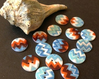 Small mother of pearl buttons with Chevron pattern, 15 new buttons, 15 mm in diameter, MOP, Shell, A042, white, blue, brick, brown