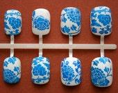 Blue Willow. Vintage China Fake/False Nails by NeverTooMuchGlitter. Handmade Press On Nails.