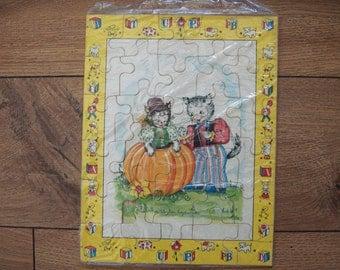 vintage 50s 60s nursery rhyme childrens puzzle Peter Pumpkin Eater 30 piece 7 3/4 x 10 inches toy children
