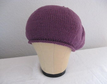 Plum Beret in Merino Wool. Hand Knit Hat. Fashion Accessories.