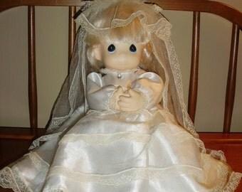 Vintage PRECIOUS MOMENTS Bride Doll