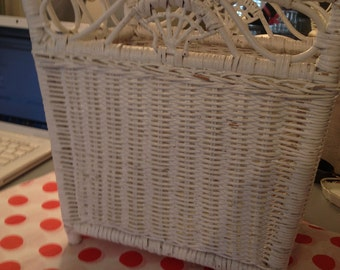 Vintage White Wicker Trash Can/Storage Basket