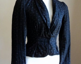 Vintage 1980's Trendy Black Cropped Quilted Fitted Jacket Blazer // Geometric Pattern Jacket