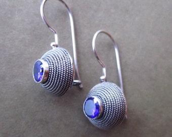 Balinese Sterling Silver circle amethyst Earrings  / silver 925 / Bali  Handmade Jewelry / (#87m)