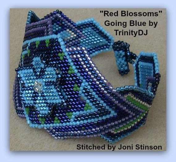 BP-BR-005 Red Blossoms Going Blue-3D Brick Stitch Beadwork