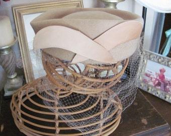 Vintage Beige Wool Felt Net Hat - Henry Pollak Glenover