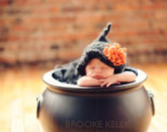 HALLOWEEN BABY WITCH Hat - Halloween Knit Witch Hat for Baby in Black or Purple Yarn  Photography Prop