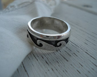 Vintage Taxco Sterling Silver 925 Overlay Ring Size 9 Native Tribal Inspired Southwest Mexico