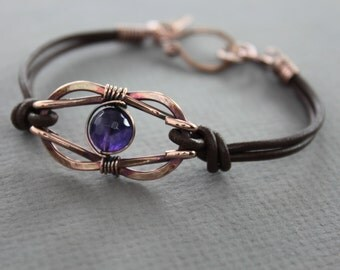 Knotted infinity copper bracelet with brown leather and amethyst stone - Infinity bracelet - Celtic knot bracelet