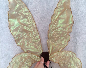 Gold small/ medium tinker bell wings.