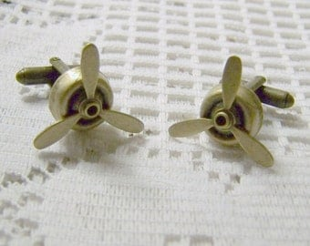 Spinning PROPELLER Bronze Cuff Links - STEAMPUNK - Airplane Pilot - Aviator Accessory, Rotating Propeller cuff links