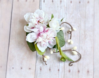 Pink hair clip, woodland berry clip, floral hair clip, wedding hair accessory - Fleurette