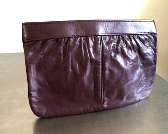 Vintage Handbags 80's Clutch, Leather, Burgundy 345