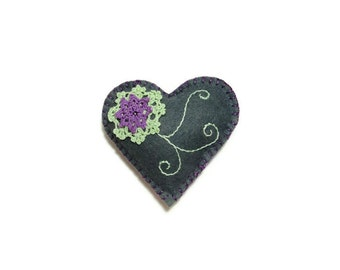 Heart embroidered gift holder felt green purple doilies on  teal