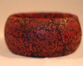 Black and Red Damask Ribbon Bangle