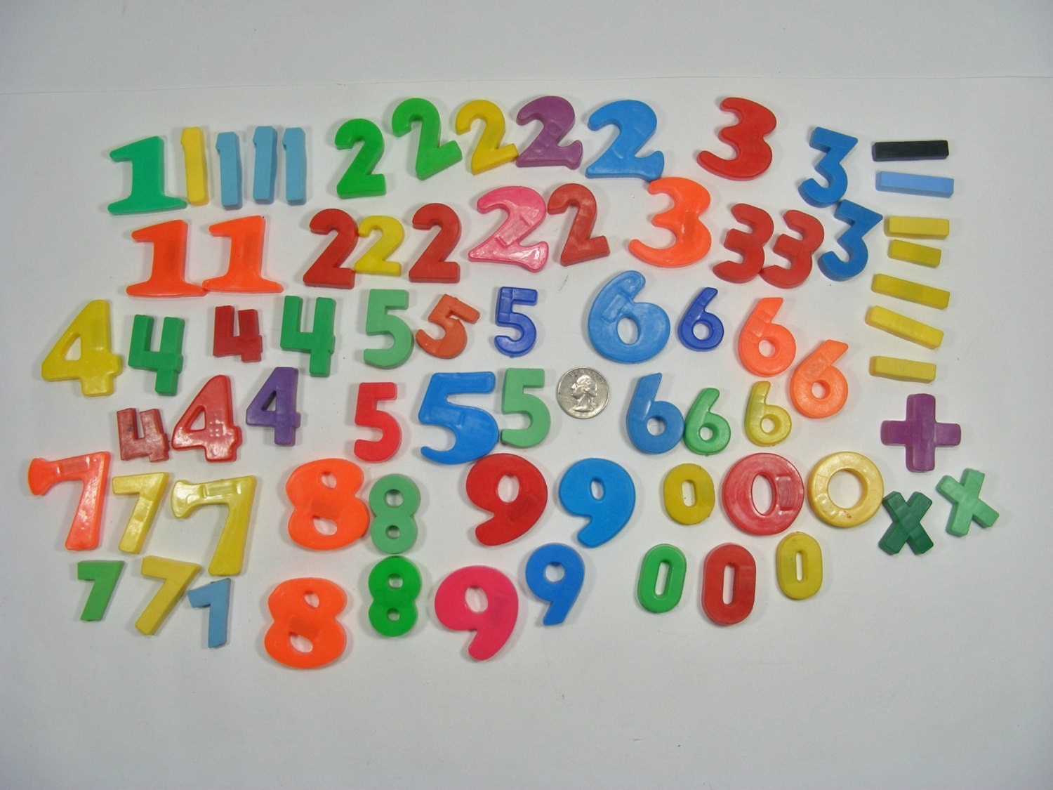 plastic magnet letters numbers tootsietoy magnetic lot of 67 magnetic numbers lot of 73 plastic numbers and sympols 201