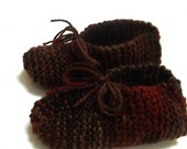 Women's Hand Knit Slippers in Autumn Colours by Stitches in Time
