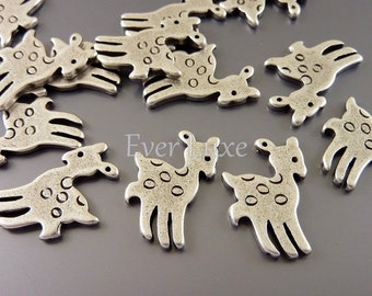 8 Oh deer hopping baby fawn deer charms, antiqued silver charms, necklace pendants, bracelet charms, supplies AN009-S (AN silver, 8 pieces)
