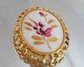 Vintage Handpainted Brooch Pendant. Pink & Gilt Gold Flowers. Cameo Pin.