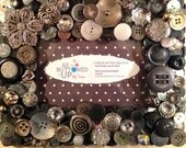"""Grey and Silver Button Picture Frame for 4""""x6"""" Photo"""