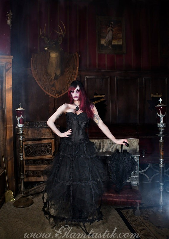 Size Small Black Victorian Zombie Ghost Burlesque Corset
